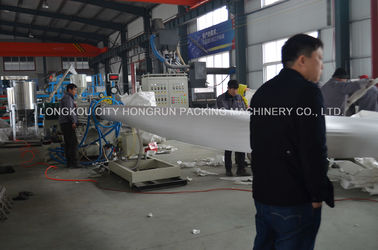 China Energy - Saving PS Foam Fast Food Box Making Machine With Robot Arm distributor